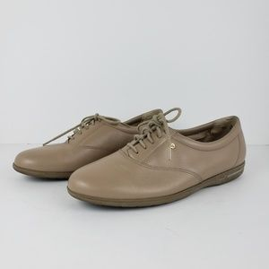 Easy Spirit | Motions Leather Oxford Shoes Sz 8.5